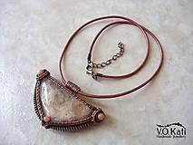 Náhrdelníky - Gadreyal - slnečný kameň, jadeit, wire wrapping - 9804653_