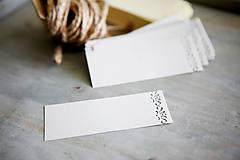 Recy hnedý papier - menovky, štítky k výrobku a pod.