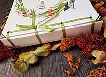 Papiernictvo - Fotoalbum klasický, papierový obal so štruktúrou plátna a ľubovoľnou potlačou (Fotoalbum klasický, papierový obal so štruktúrou plátna a  potlačou kvetinového venčeka) - 9807224_