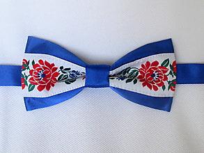 Doplnky - motýlik pánsky FOLK modrý IV. (s červenými kvetmi) - 9809960_