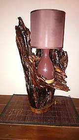 Svietidlá a sviečky - stolova lampa z drevenym korenovym podstavcov-svetluška - 9809118_