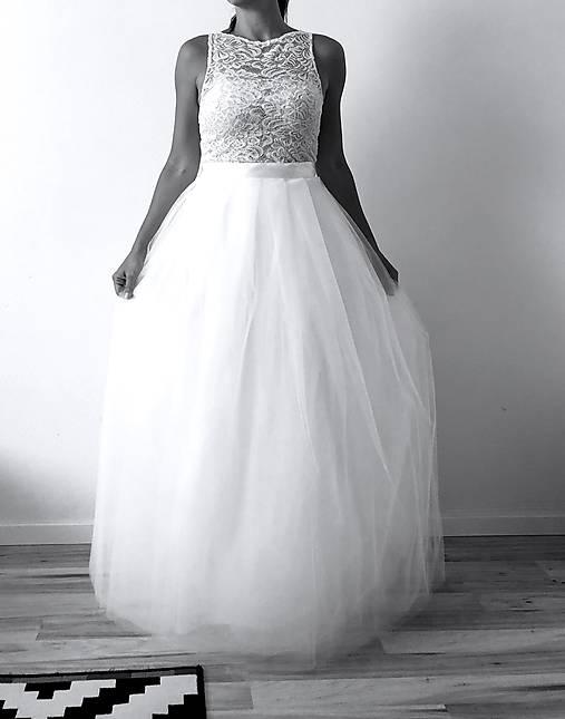 93e39b7ccffb Svadobné šaty s krajkovým topom a s tylovou sukňou   TinyThea ...
