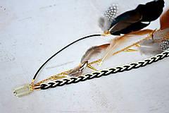 Ozdoby do vlasov - Hippie prírodný hair clip s perím - 9813630_