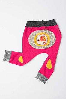 Detské oblečenie - Veselé tepláčiky - 9814844_