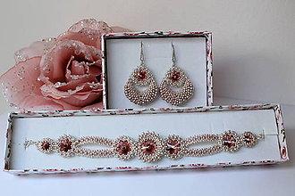 dc13843f9 Sady šperkov - JOIA šitá sada šperkov - náramok a náušnice 'Láska' so  Swarovski
