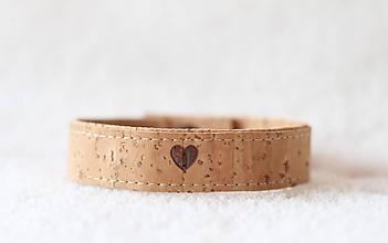 Náramky - Korkový náramok srdce - 9816407_