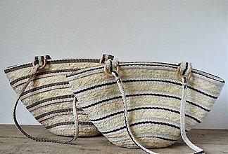 Kabelky - Pletená kabelka s pevnými popruhmi na rameno - 9816854_