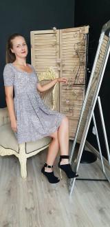 Šaty - Šaty so skladanou sukňou z kvalitnej krajky rôzne farby - 9815438_