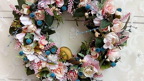 Veniec na zavesenie...slimák   kiflike - SAShE.sk - Handmade Dekorácie a633648635a