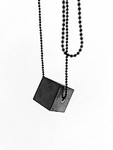 Náhrdelníky - Betónový prívesok PURE - middle CUBE 20 - 9824688_