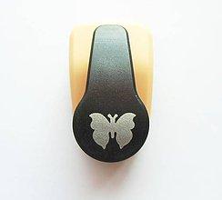 Pomôcky/Nástroje - Dierovačka na hrubší papier, moosgummi - 16 mm, motýľ, motýlik - 9826306_