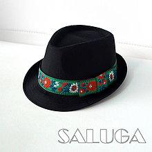 Čiapky - Folklórny klobúk - čierny - ľudový - zelený - 9828447_