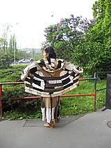 lel, maxi sukňa a predlžený sveter