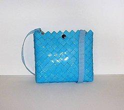 Kabelky - Kabelka, svetlo  modrá, 21 x 19 cm, zľava z 23 na 18 eur - 9829290_
