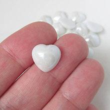 Komponenty - Sklenený perleťový kabošon / srdce 12x12mm - 9831169_