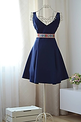 Šaty - Šaty s véčkovým výstrihom - 9830949_