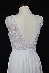 Šaty - Svadobné šaty z hačkovanej krajky a holým chrbátom do V - 9830079_