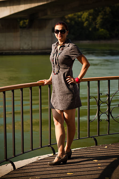 2746ce9adb27 Sivé krátkorukávové šaty s légou   SPACKE - SAShE.sk - Handmade Šaty