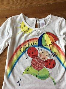 Detské oblečenie - Detské maľované tričko/body s motívom lienok a menom na želanie - 9830172_