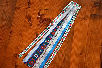 Ozdoby do vlasov - Folklórny hrebienok modro-biely s čipkou 50cm - 9830630_