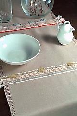 Úžitkový textil - Štóla v koberčekovom štýle - vyšívaný obrus - 9830562_