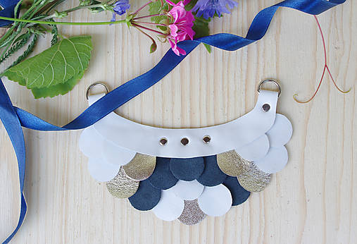 Slzičkový kožený náhrdelník