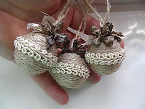 Dekorácie - vianočné špagátové minibombuľky (č.2) - 9833508_
