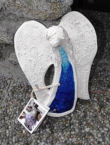 Dekorácie - Keramický modrý anjel - 9835774_