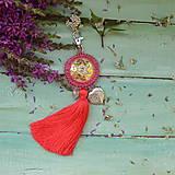 Kľúčenky - Coral Mandala - vyšívaný střapec na kabelku - 9837679_