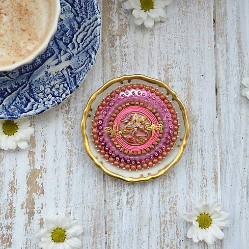 Pink Gentian - vyšívaná brož