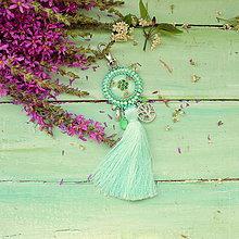 Kľúčenky - Mint Mandala - vyšívaný střapec na kabelku - 9837706_