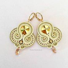 Náušnice - Ručne šité šujtásové náušnice / Soutache earrings Jennifer - Swarovski - 9837539_
