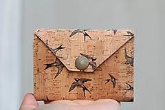 - Korková peňaženka mini lastovičky - 9840822_