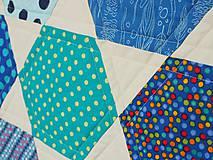 Úžitkový textil - Detská moderná deka vzor hexagon - 9839448_