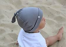 Detské čiapky - Detská rastúca merino čiapka so štýlovým uzlíkom - šedá (34) - 9841170_