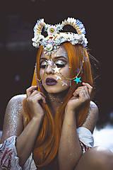 Ozdoby do vlasov - Koruna posadená na hrebienkoch z kolekcie Mermaid dream - 9838777_