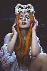 Ozdoby do vlasov - Koruna posadená na hrebienkoch z kolekcie Mermaid dream - 9838781_