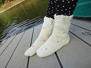 Obuv - ponožky s výšivkou č.39-40 - 9841030_