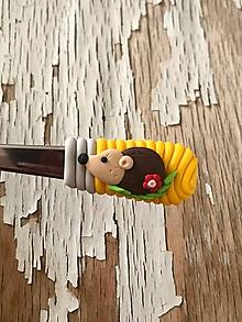 Pomôcky - lyžička s ježkom - 9839869_