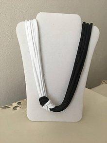 Náhrdelníky - Uzlový náhrdelník (bielo - čierny) - 9841943_