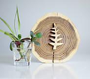 Dekorácie - drevená dekorácia - 9842843_
