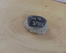 Drobnosti - keep life SIMPLE - Na kameni maľované - 9844437_