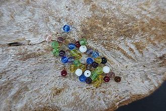 Korálky - Sklenené korálky mix 4-6-8-10mm (4mm) - 9843334_