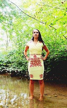 Šaty - Dámske spoločenské šaty vel.S - 9845388_
