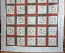 Úžitkový textil - Patchworková deka NEŽNÉ KVIETKY  (rozmer 218 x 218 cm) - 9849695_