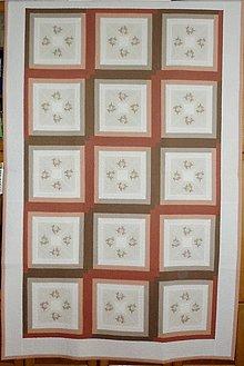 Úžitkový textil - Patchworková deka NEŽNÉ KVIETKY - 9850121_