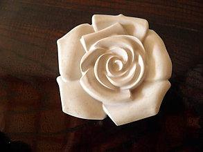 Dekorácie - kvet ruže z betónu... - 9851116_