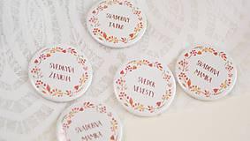 Darčeky pre svadobčanov - Svadobný odznak, svadobná brošňa, button (odznak 44 mm - personalizovaný) - 9852863_