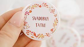Darčeky pre svadobčanov - Svadobný odznak, svadobná brošňa, button (odznak 44 mm - personalizovaný) - 9852883_
