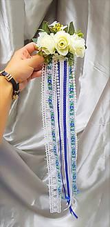 Ozdoby do vlasov - Folklórny kvetinový hrebeň do vlasov so stuhami - 9852550_
